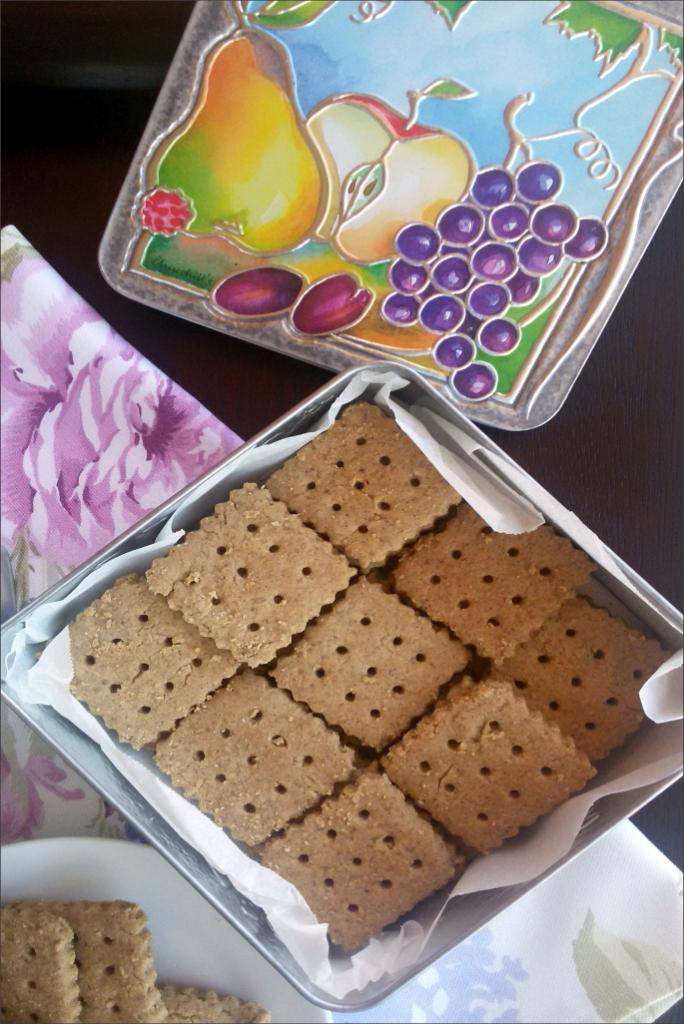 Biscotti-di-grano-saraceno-e-nocciole