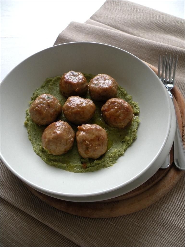 Polpette-al-marsala-su-crema-di-broccoli