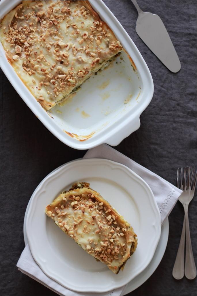 Lasagne-di-pane-carasau-con-pesto-gorgonzola-e-nocciole