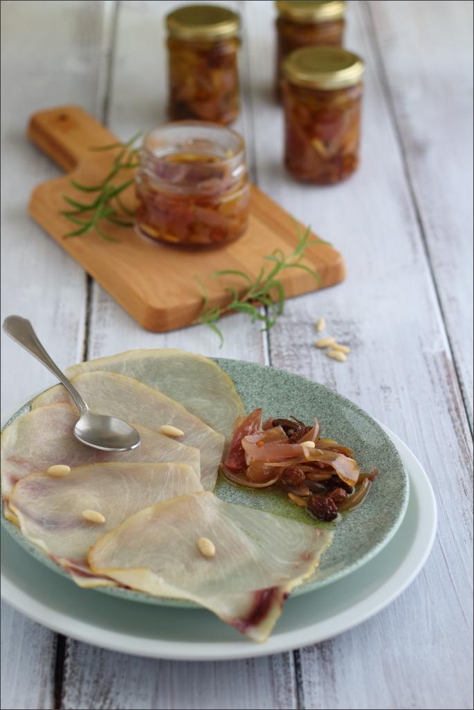 Cipolle-di-Tropea-in-agrodolce-sott'olio