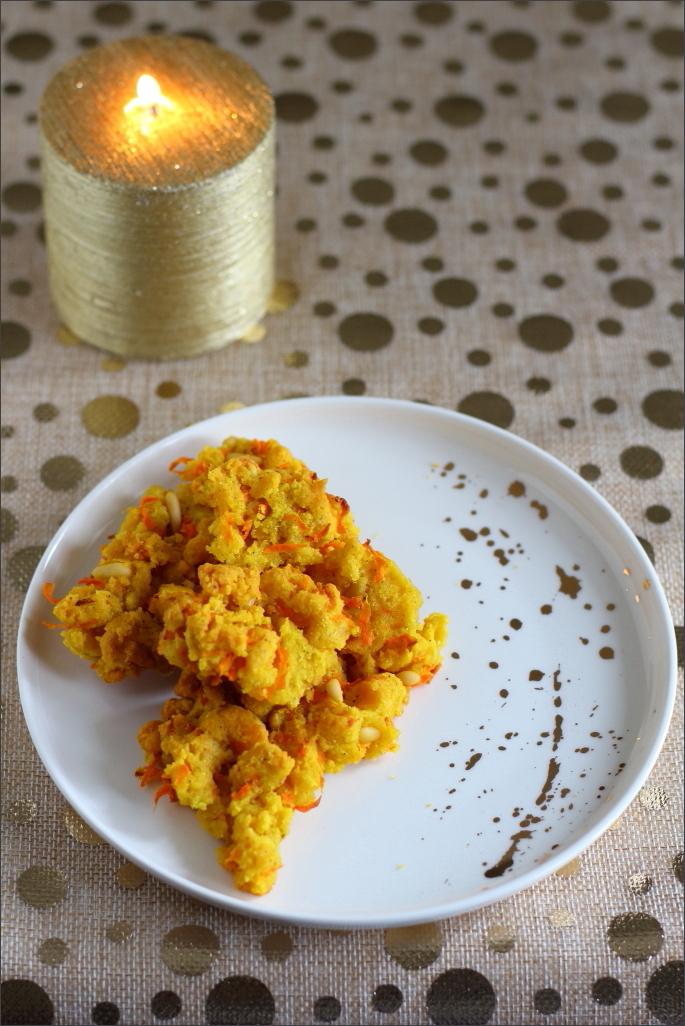 Sbrisolona-salata-alla-curcuma-carote-e-pinoli