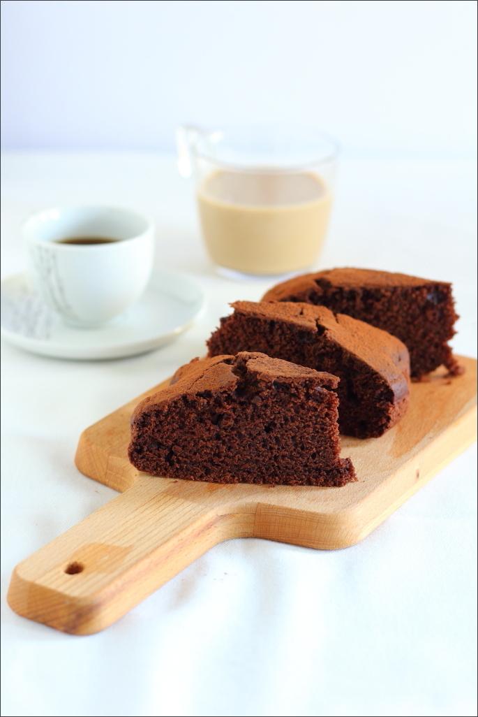 Torta-allacqua-al-cacao