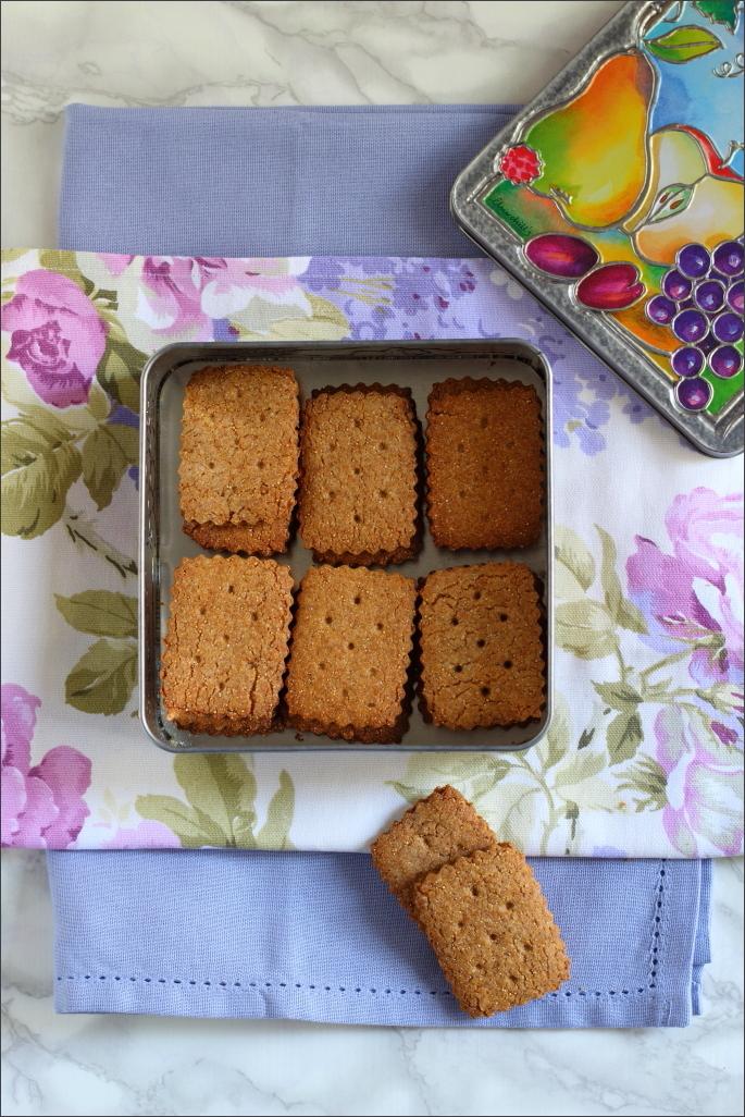 Biscotti-con-amaranto-e-mandorle