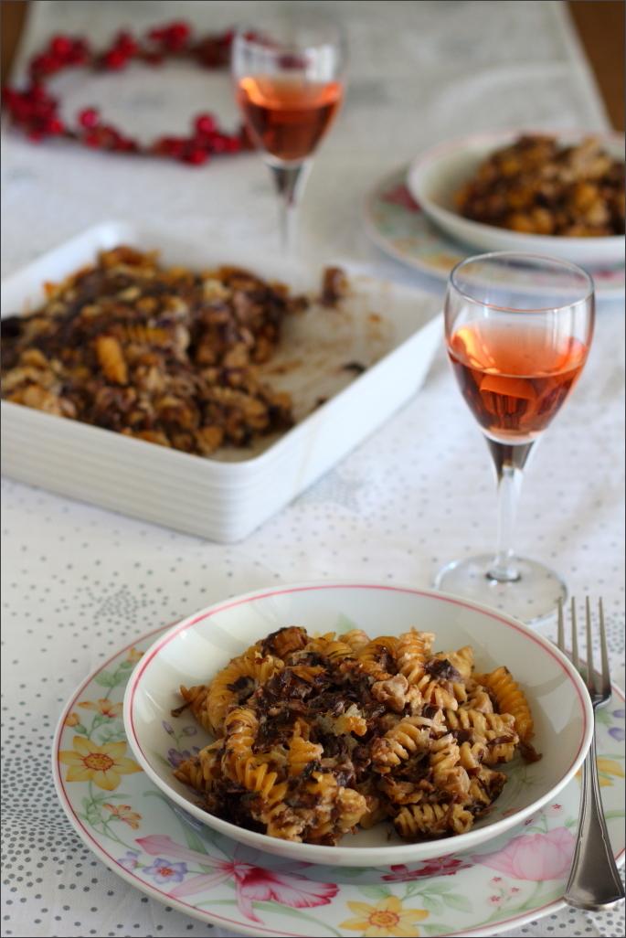 Pasta-al-forno-con-radicchio-e-lardo-affumicato