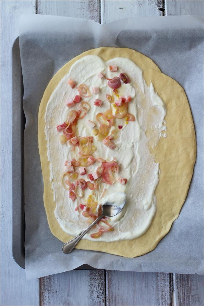 Pizza-alsaziana-flammkuchen